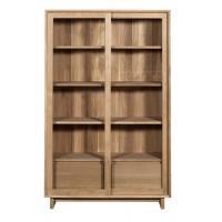 Bibliothèque OAK WAVE en chêne d'Ethnicraft , 2 portes vitrées coulissantes / 2 tiroirs