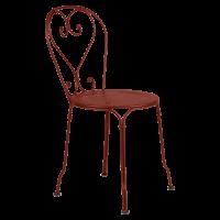 Chaise 1900 de Fermob, ocre rouge