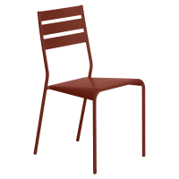 Chaise FACTO de Fermob, ocre rouge