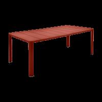 Table OLÉRON de Fermob, ocre rouge