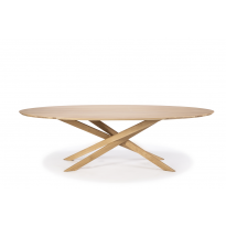 Table ovale MIKADO en chêne d'Ethnicraft