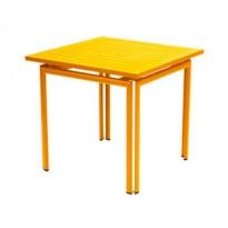 Table carrée COSTA de Fermob,Miel