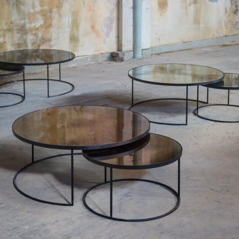 set round nesting coffee table charcoal heavy aged mirror de notre monde. Black Bedroom Furniture Sets. Home Design Ideas