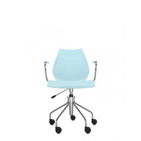 Chaise avec accoudoirs MAUI de Kartell, Bleu clair