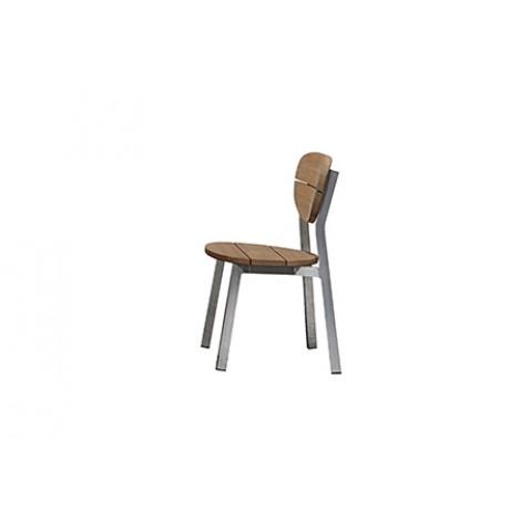 Chaise empilable INOUT 123 de Gervasoni