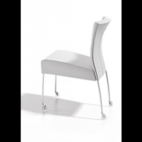 Chaise MONET avec roulettes de Joli, Blanc