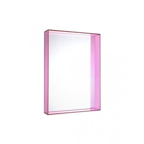Miroir ONLY ME de Kartell, Fuchsia, L.50 X H.70 X P.9