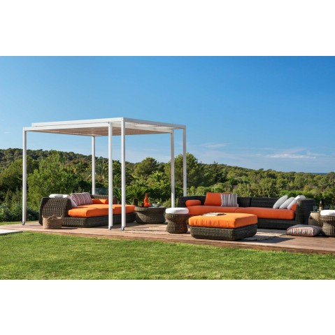 pergola shibuya autoport e mobile extensible de unopiu 39 couverture en cannes de bambou. Black Bedroom Furniture Sets. Home Design Ideas