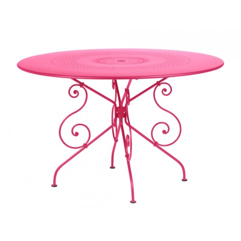 Table 1900 de Fermob D.117 fuchsia