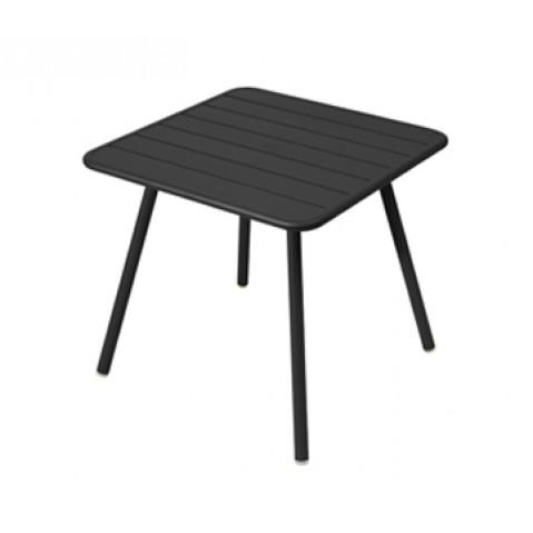 Table carrée 4 pieds LUXEMBOURG de Fermob, Réglisse
