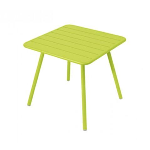 Table carrée 4 pieds LUXEMBOURG de Fermob, Verveine