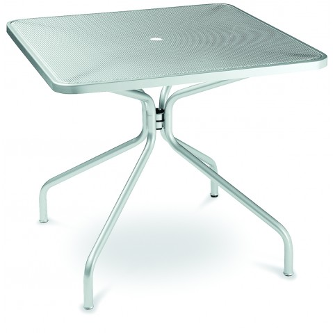 Table carrée CAMBI de Emu aluminium