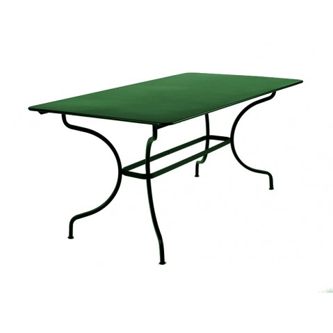 Table MANOSQUE de Fermob cèdre