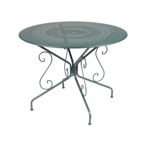 Table MONTMARTRE de Fermob D.96 cèdre