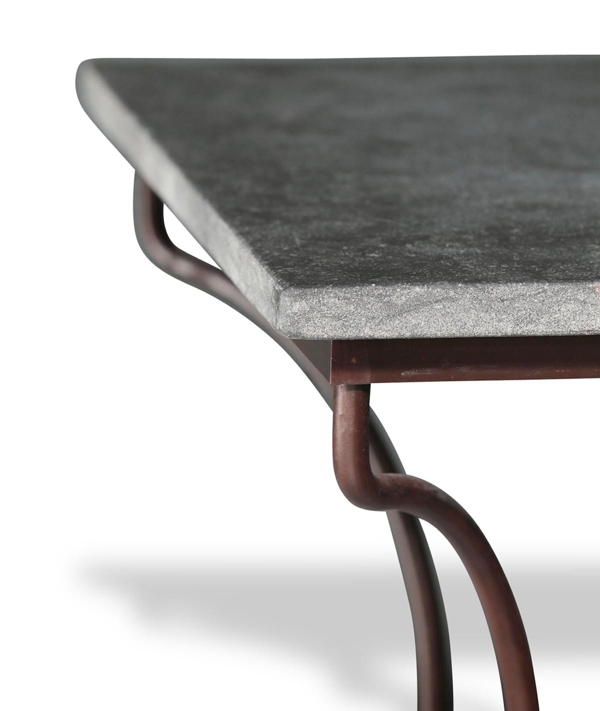 table en pierre petit granit belge pied directoire. Black Bedroom Furniture Sets. Home Design Ideas