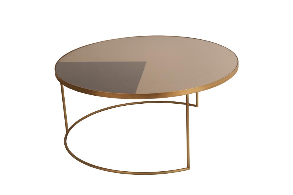 table basse geometric bronze de notre monde x cm. Black Bedroom Furniture Sets. Home Design Ideas