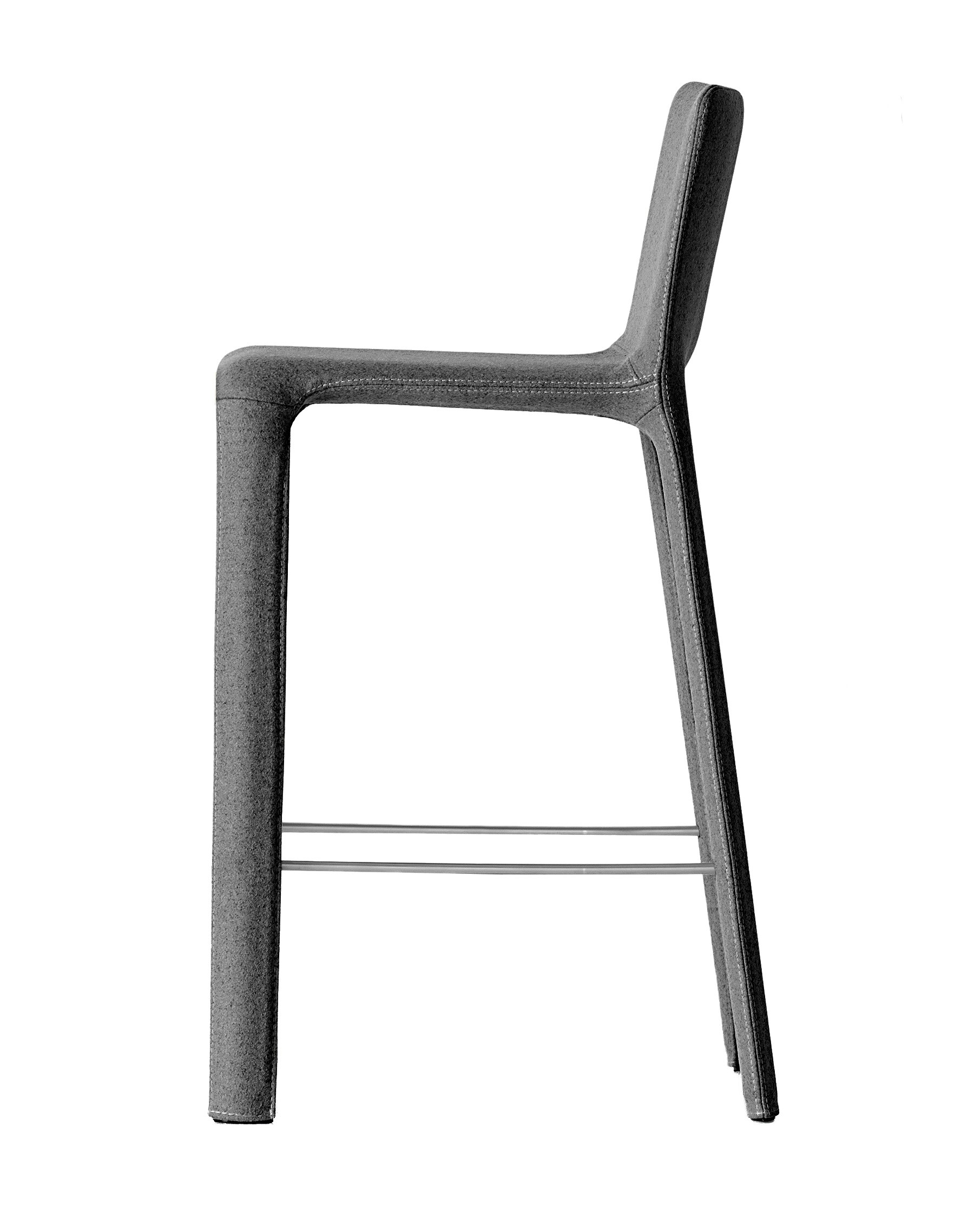 tabouret de bar joko en tissu de kristalia. Black Bedroom Furniture Sets. Home Design Ideas