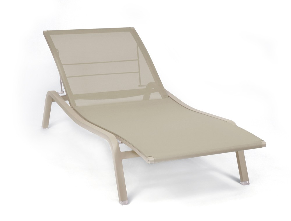 bain de soleil aliz de fermob muscade. Black Bedroom Furniture Sets. Home Design Ideas
