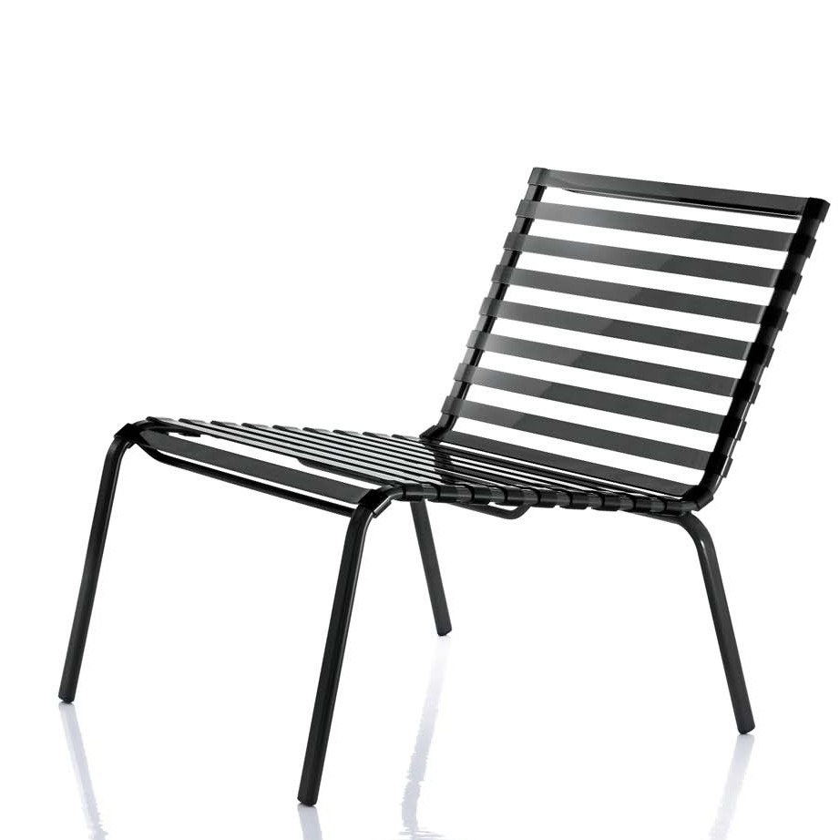 Chaise basse striped poltroncina de magis for Chaise basse de salon