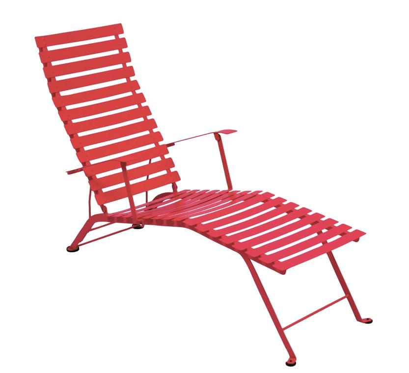 chaise longue pliante bistro de fermob coquelicot. Black Bedroom Furniture Sets. Home Design Ideas