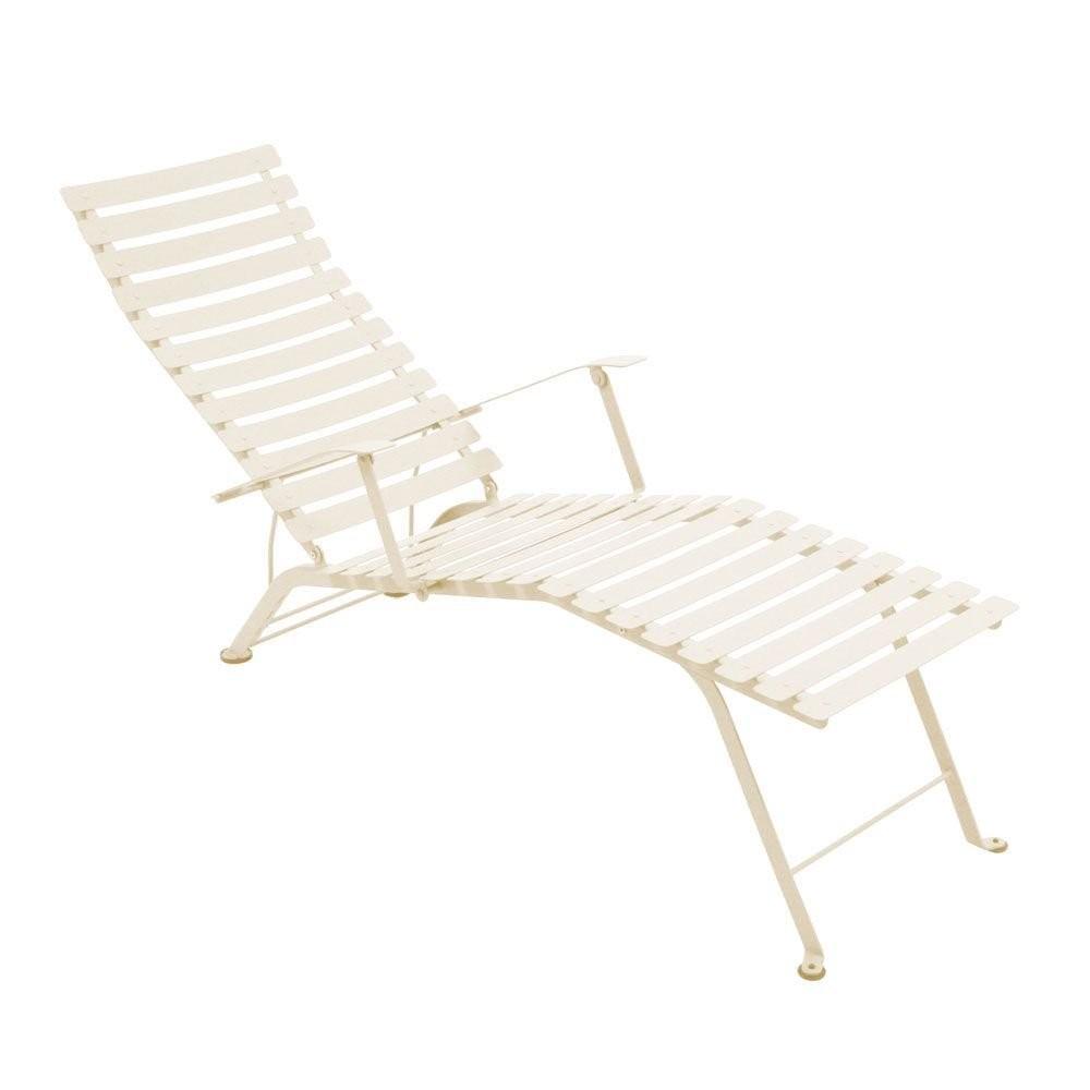 chaise longue pliante bistro de fermob lin. Black Bedroom Furniture Sets. Home Design Ideas