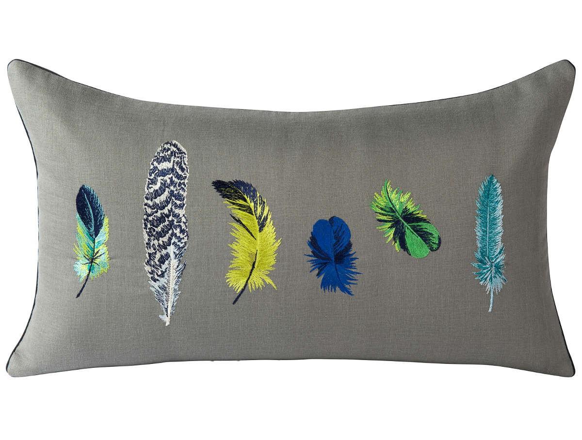 coussin talisman de iosis meraude. Black Bedroom Furniture Sets. Home Design Ideas