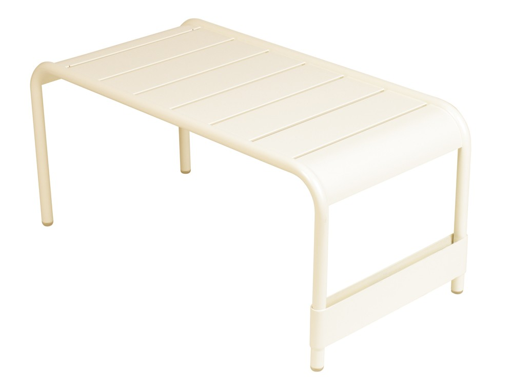 grande table basse luxembourg de fermob lin. Black Bedroom Furniture Sets. Home Design Ideas