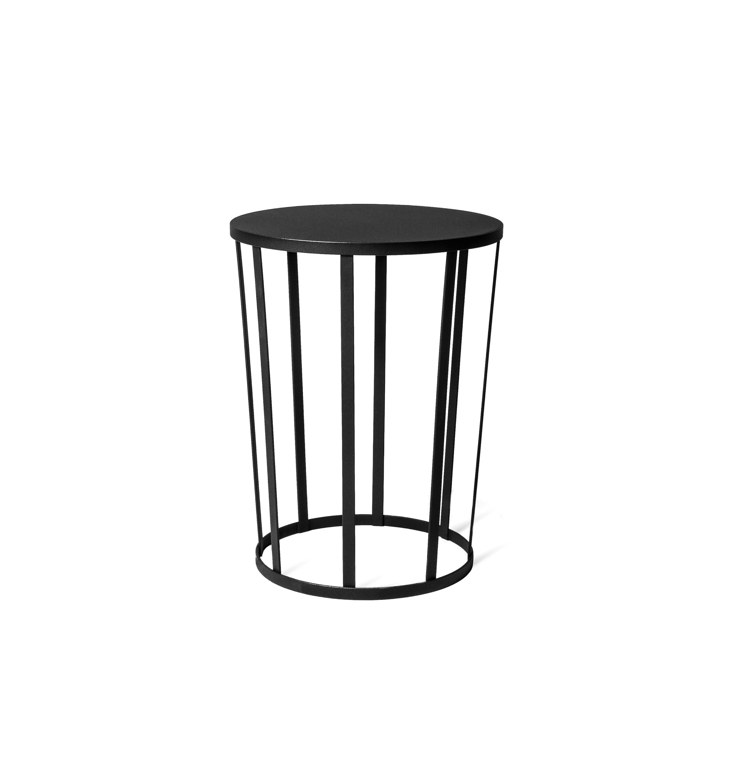 tabouret table d 39 appoint hollo de petite friture noir. Black Bedroom Furniture Sets. Home Design Ideas