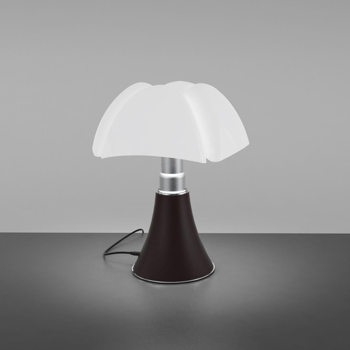 mini pipistrello free mini pipistrello with mini pipistrello gallery of lampe de bureau. Black Bedroom Furniture Sets. Home Design Ideas