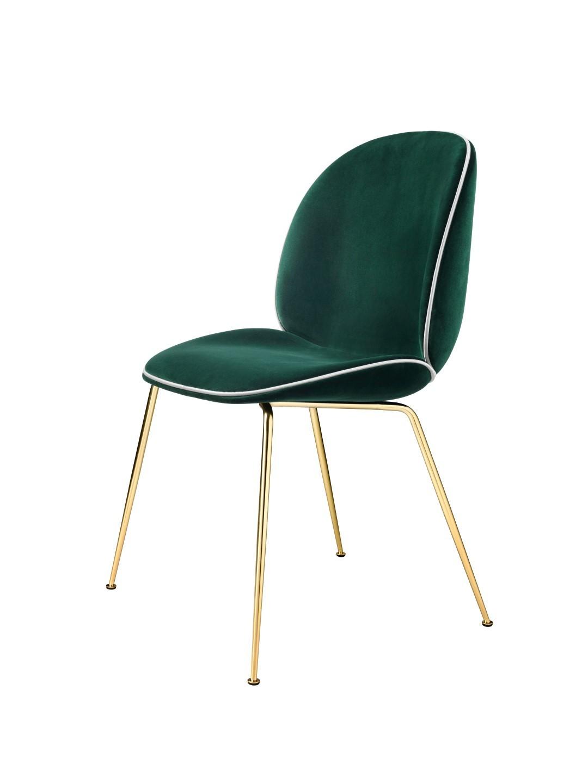 Chaise BEETLE Fully Upholstered avec pieds en laiton de Gubi, Vert