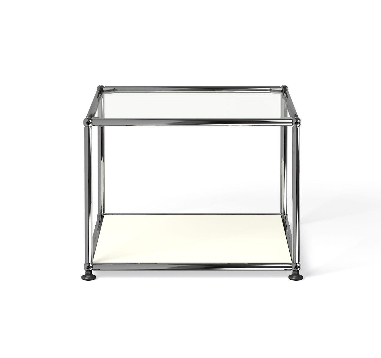 petite table basse carr e usm haller m17 blanc pur. Black Bedroom Furniture Sets. Home Design Ideas