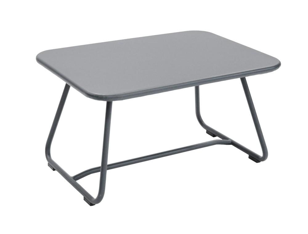 Table basse sixties de fermob gris orage - Table basse fermob ...