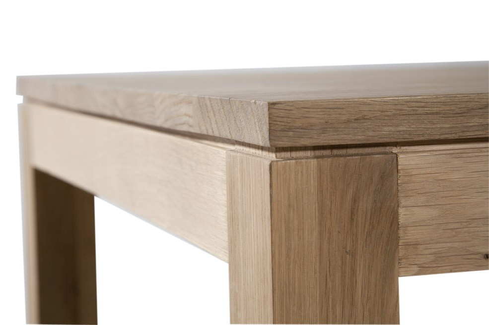 Table contemporaine en bois massif - Table en chene moderne ...