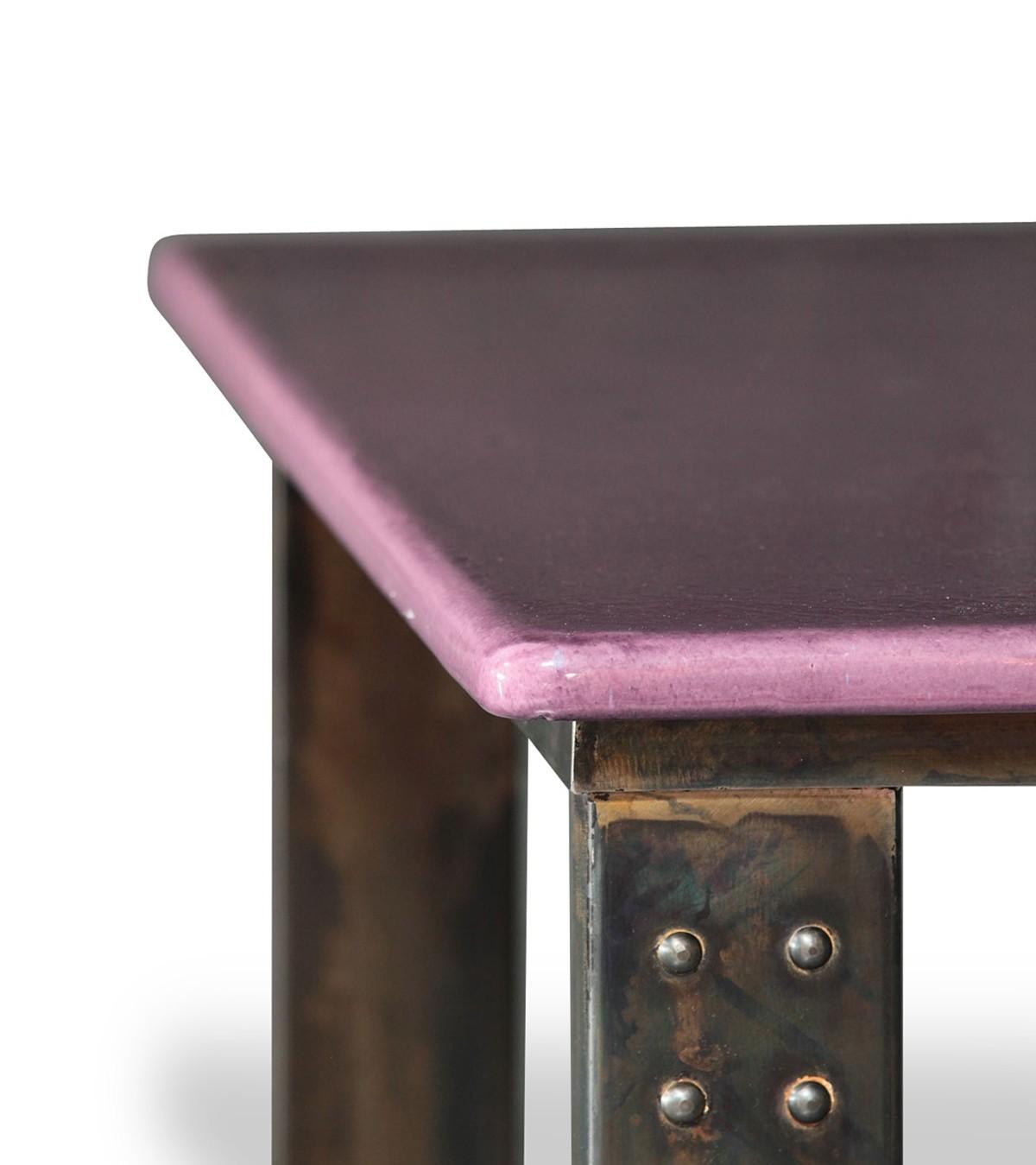table basse en pierre de lave figue atelier. Black Bedroom Furniture Sets. Home Design Ideas