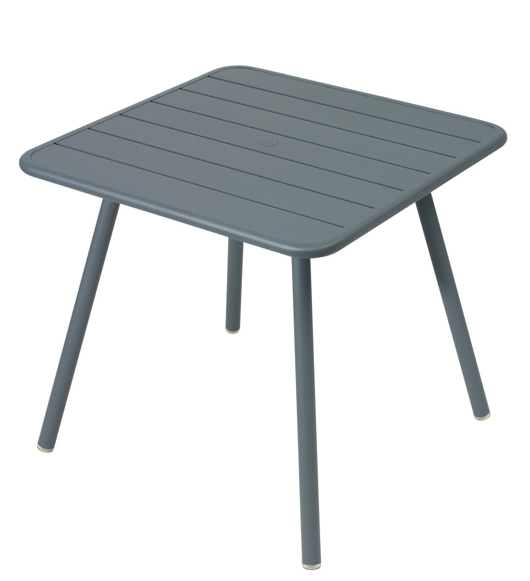 Fermob table carr e 4 pieds luxembourg for Table de 24