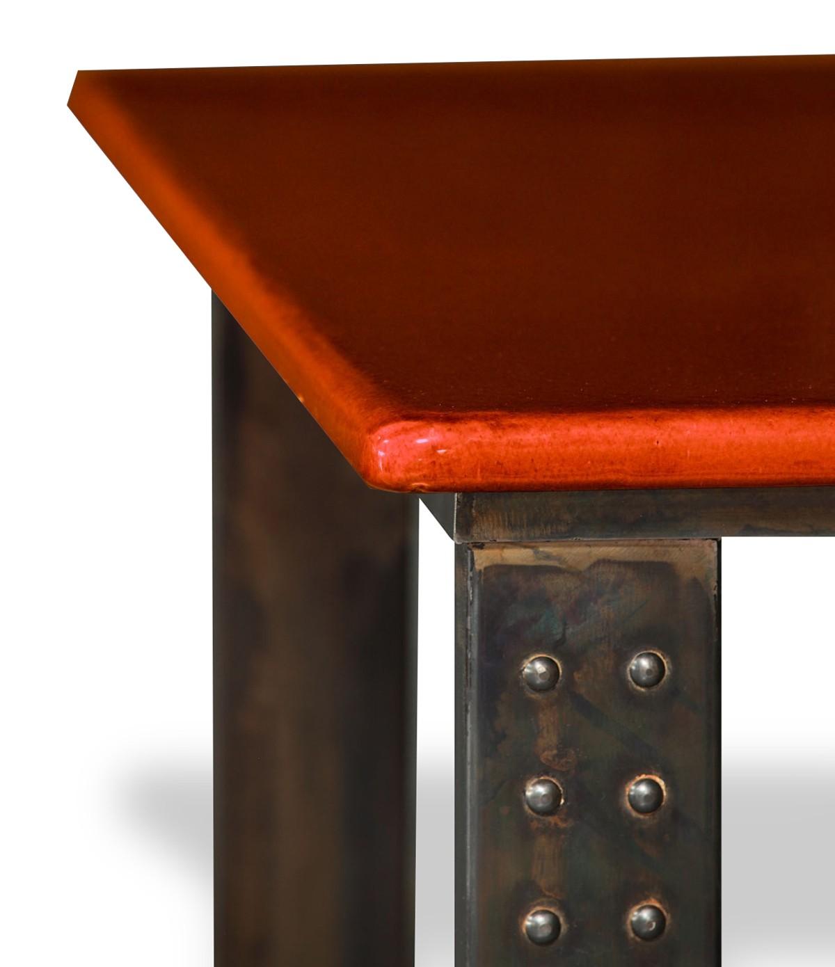 table en pierre de lave maill e pied atelier corail. Black Bedroom Furniture Sets. Home Design Ideas
