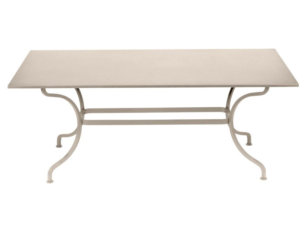 table romane 180 cm de fermob lin. Black Bedroom Furniture Sets. Home Design Ideas