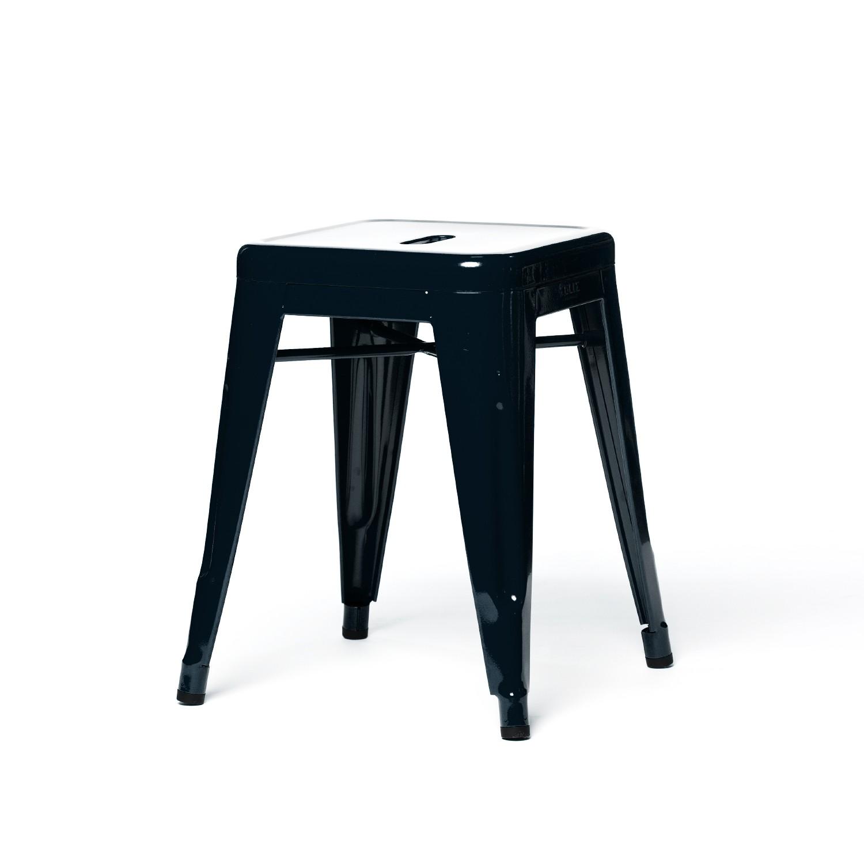 tabouret bas de tolix en acier laqu 3 tailles 7 coloris. Black Bedroom Furniture Sets. Home Design Ideas